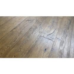 Antique Brown Oak Engineered WoodFlooring